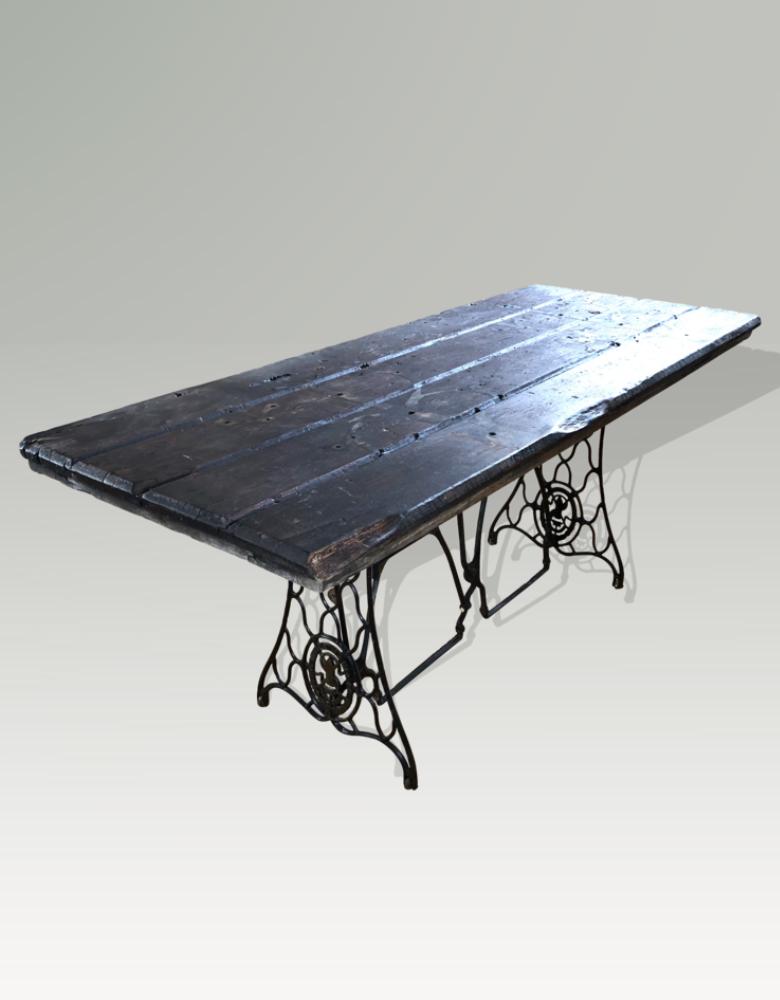 von Hohnstein - Massivholz Tisch - Tanne